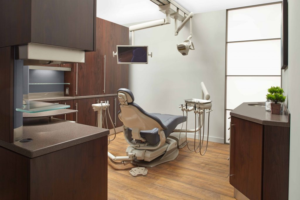 "Exorvision 24"" dental monitor in an operatory setting"